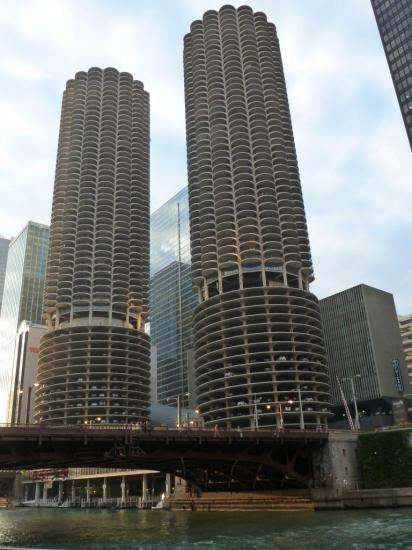 CHICAGO : les tours jumelles de Marina City