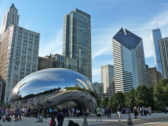 CHICAGO : la Cloud Gate (dite