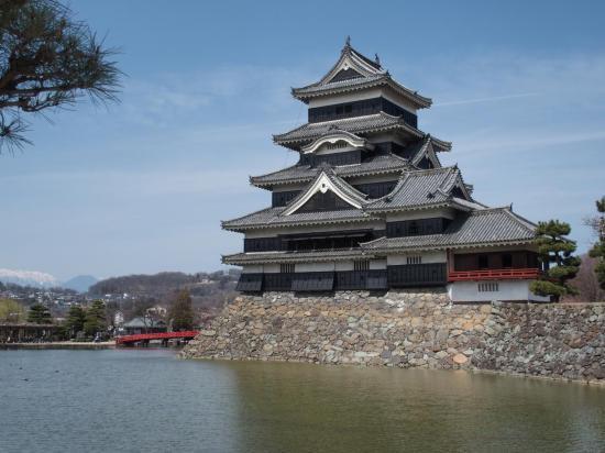 MATSUMOTO : le château et le pont