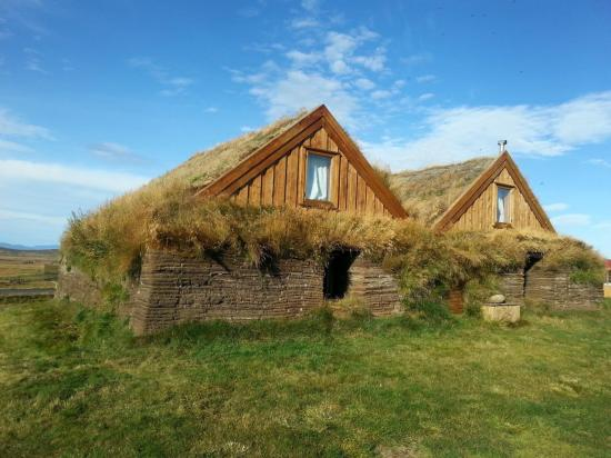 Maisons traditionnelles à Mödrudalur