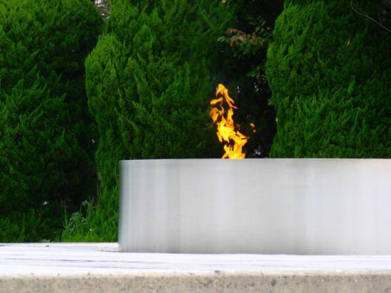 HIROSHIMA : la flamme symbolique de la Paix.