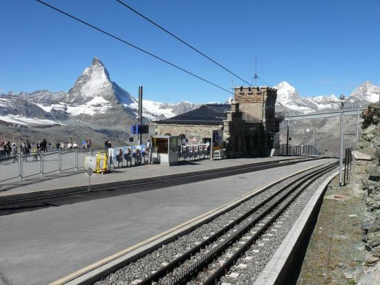 . . . mais depuis la gare du train à crémaillère de GORNERGRAT
