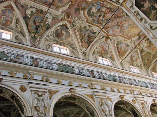 Le Duomo de CASTANISSETTA . . .